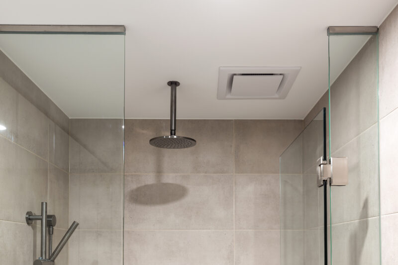 Expella's Ceiling Fan installed in a Natura bathroom