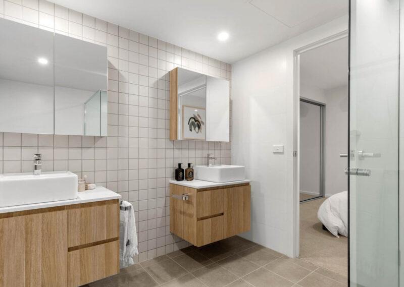 The Grounds Braddon, apartment bathroom